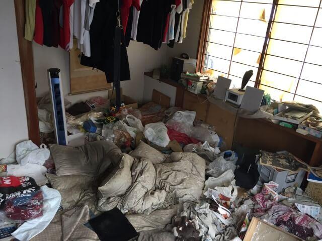 ゴミ部屋清掃とオゾン脱臭 清須市のアパートにて