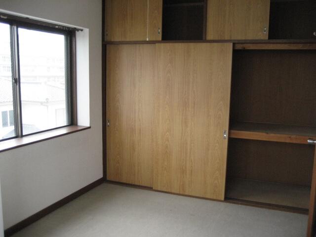 名古屋市緑区の一戸建てにて家財整理作業