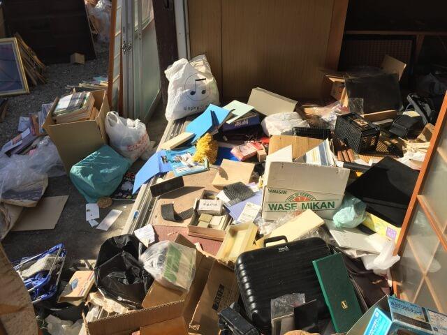ゴミ部屋化した部屋の遺品整理 名古屋市